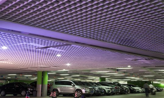 南京禄口国际机场二期工程停车楼精装修工程